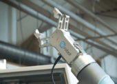 Díky kolaborativnímu robotu se zkrátila délka obráběcího cyklu