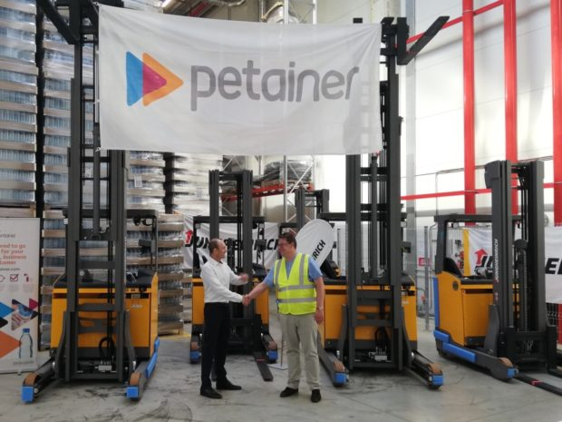 Petainer vsadil lithium-iontovou technologii