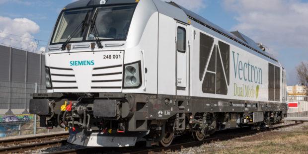 Dvě lokomotivy Vectron Dual Mode pro Railsystems RP