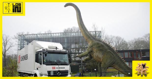 Speciální vědecká zásilka. Kostra dinosaura.